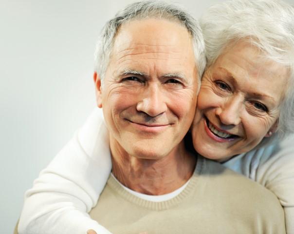 Adults_Elderly_Caucasion_couple_tif.jpg