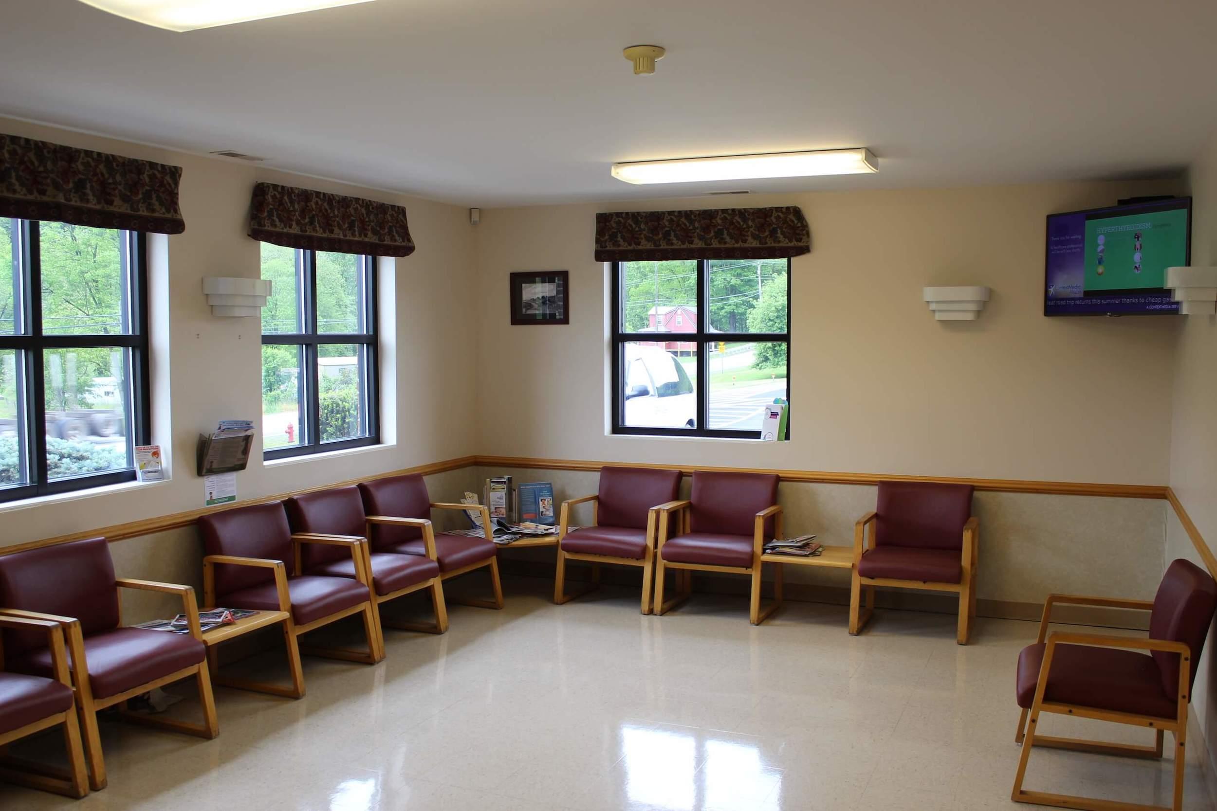 Riverton WV North Fork Medical Doctor Waiting Room