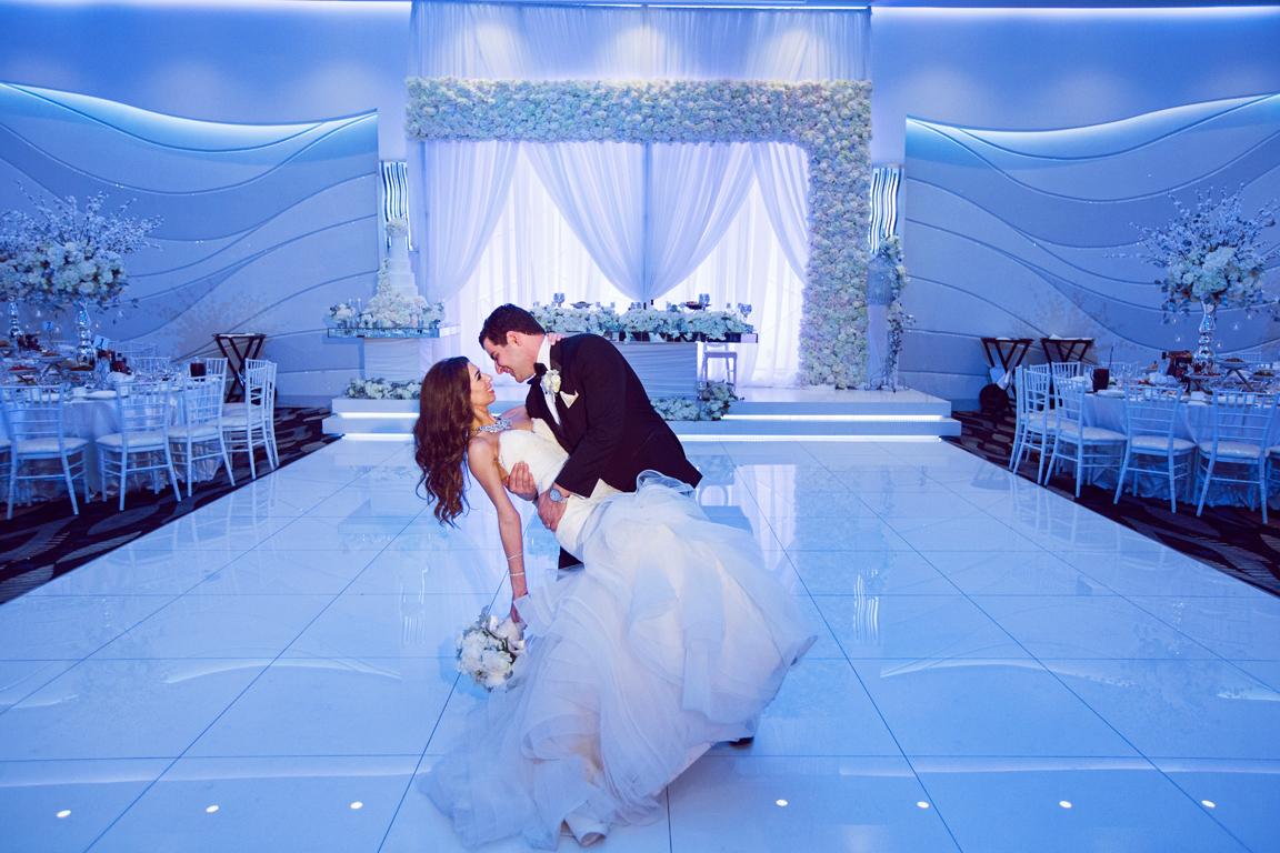 34_dukephotography_dukeimages_wedding_D1_DR4C2395.jpg