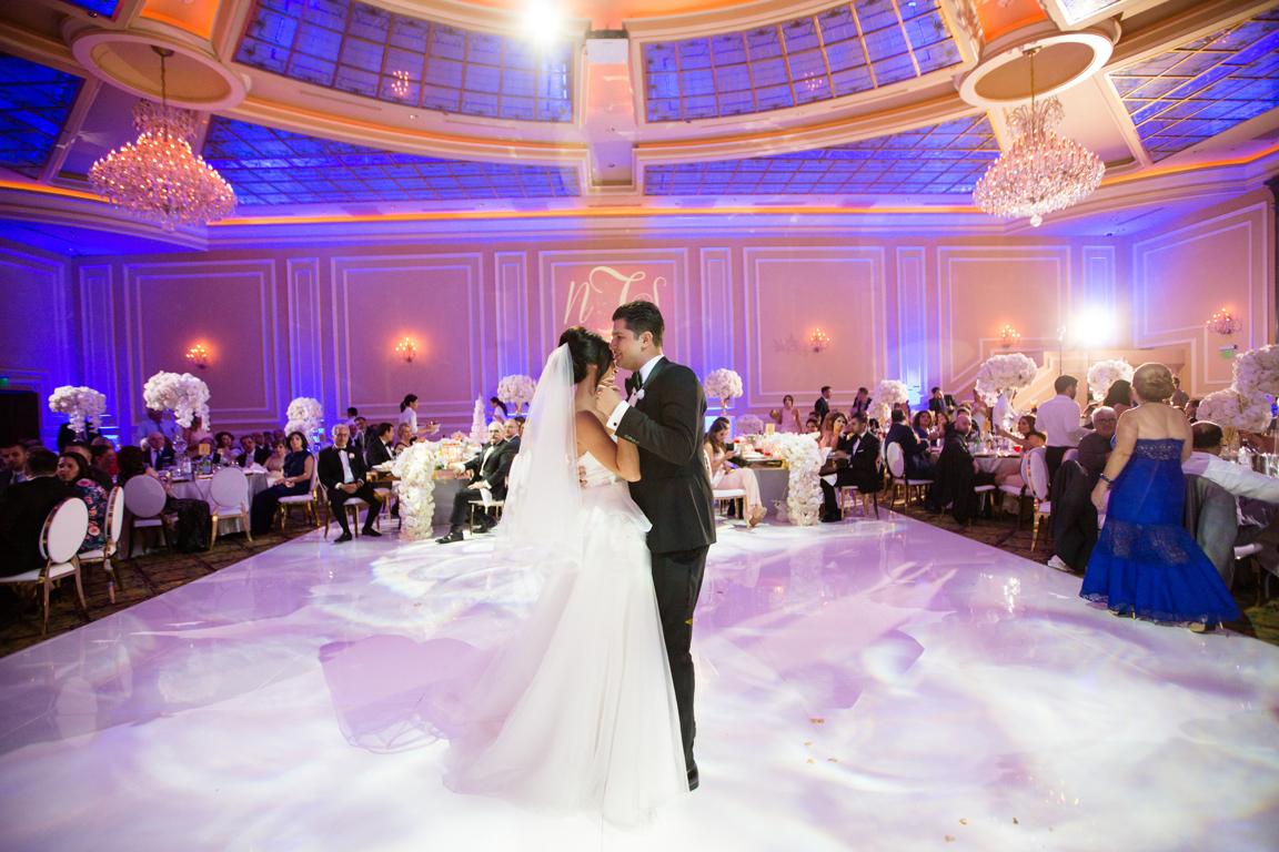 078_dukephotography_dukeimages_wedding_D13729.jpg