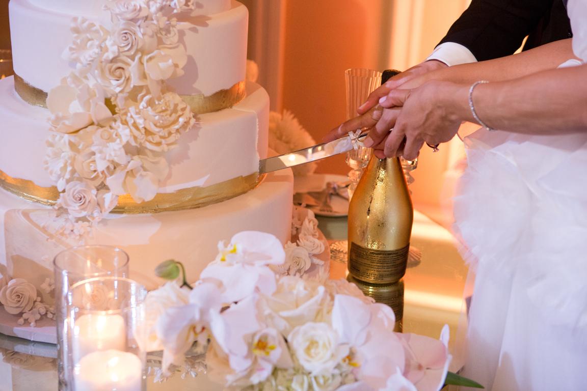 085_dukephotography_dukeimages_wedding_A21696.jpg