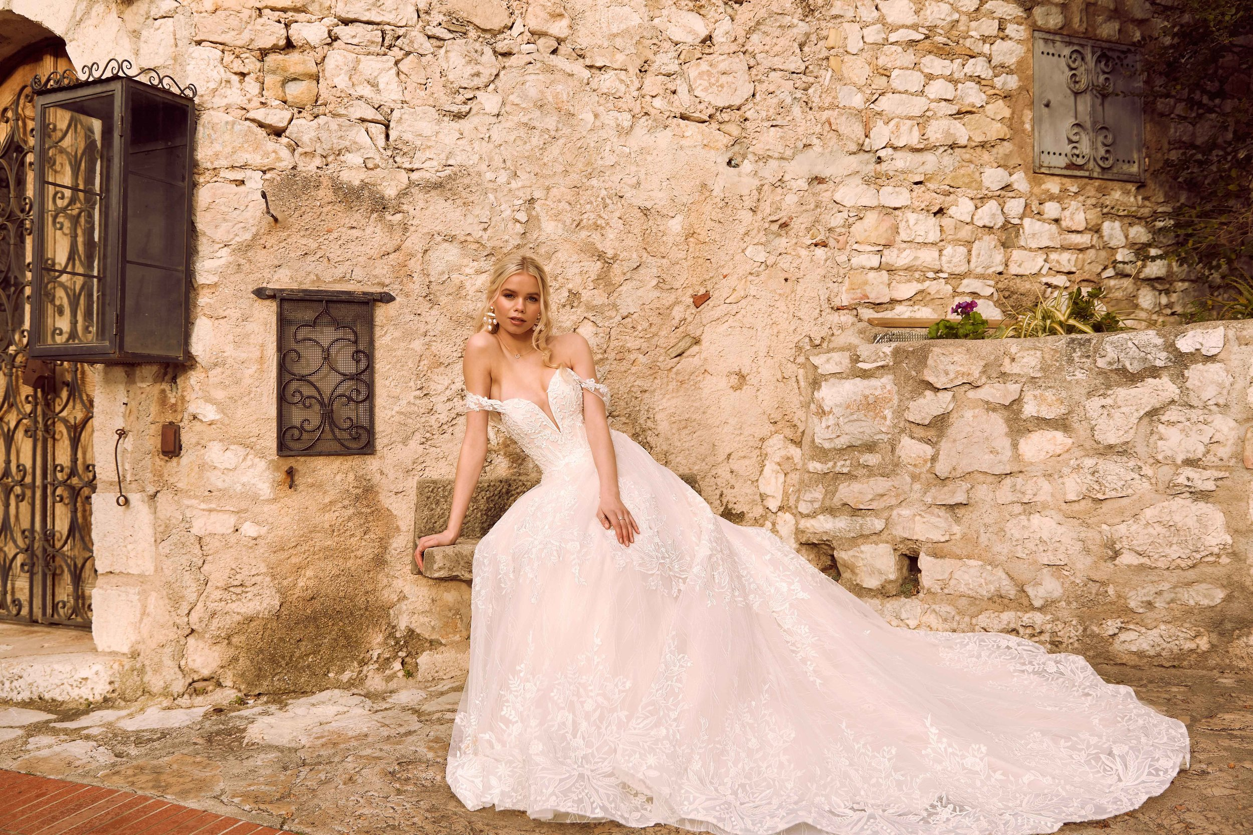 RIVIERA-CAMPAIGN-FOR-MADI-LANE-BRIDAL-SHOT-IN-SOUTH-OF-FRANCE4.jpg