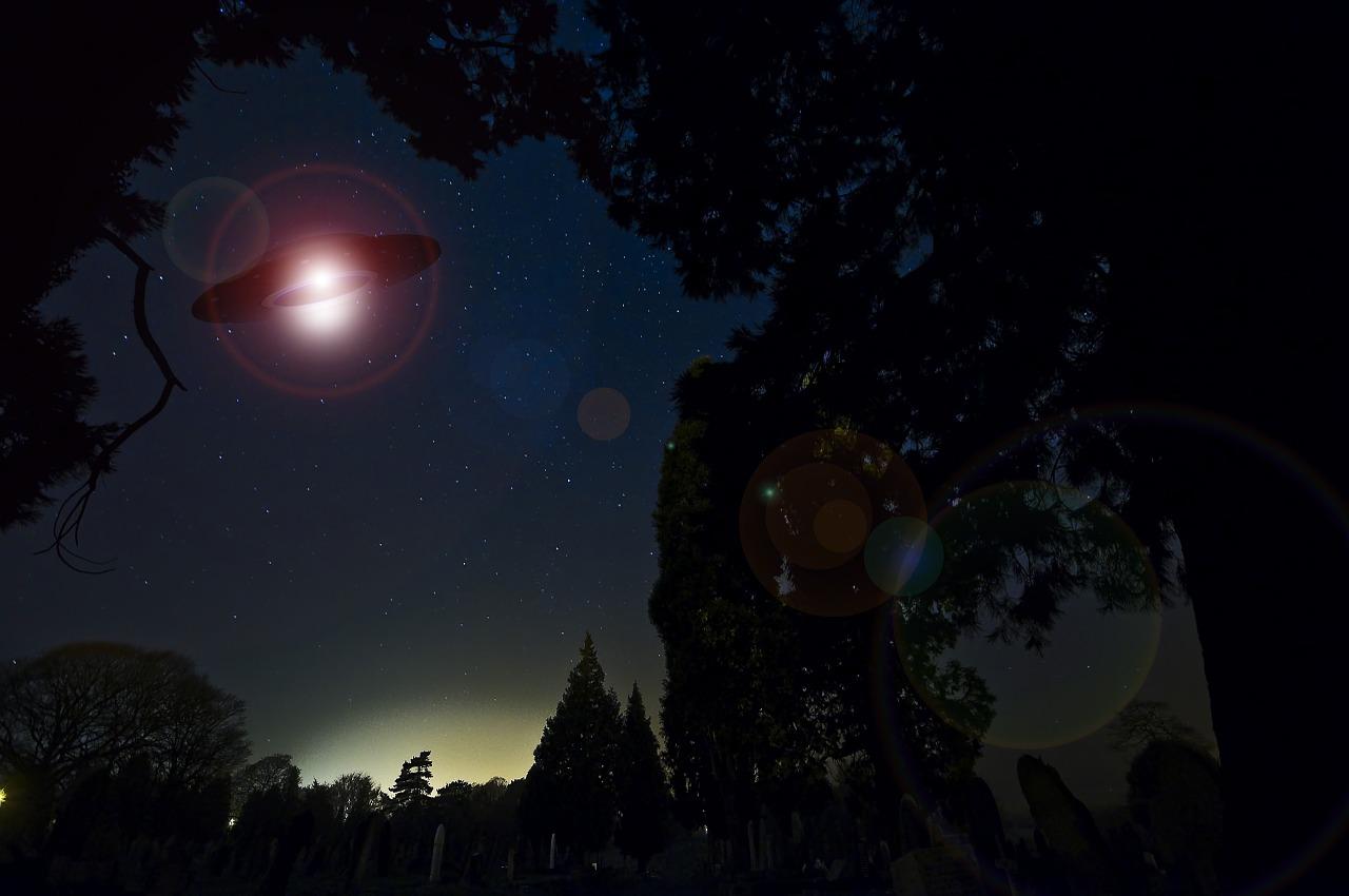 ufo-609602_1280.jpg
