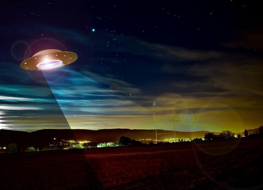 ufo-782655_1280.jpg