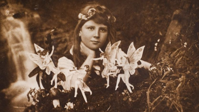 'Frances and the Fairy Ring', taken by Elsie Wright in 1917, will be one of the photos for sale.