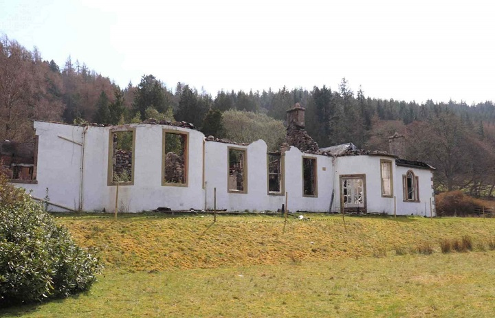 The interior of the Boleskine House was almost completely consumed by the conflagration, which left much of the exterior walls and part of the roof intact.  (Galbraiths)
