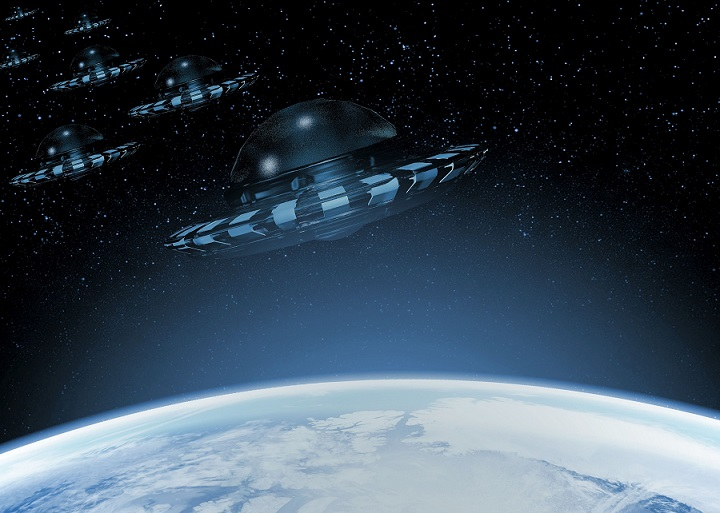 ufo-2624701_1920.jpg