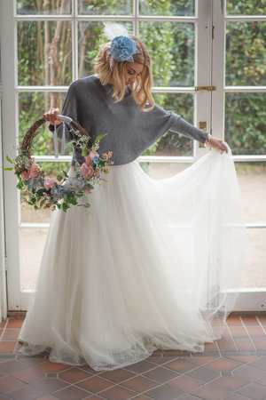 bridal-dusty-blue-winter-shoot-126_orig.jpg