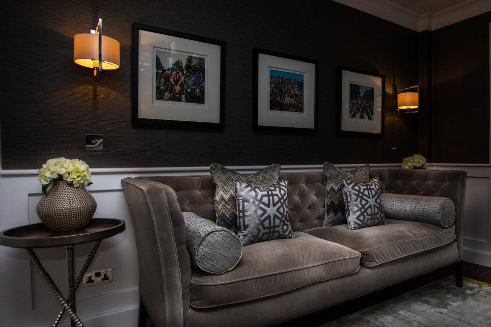Cushions in fabrics By Zinc Textile, Black Edition. Wallpaper Chandbali Mole by Villa Nova