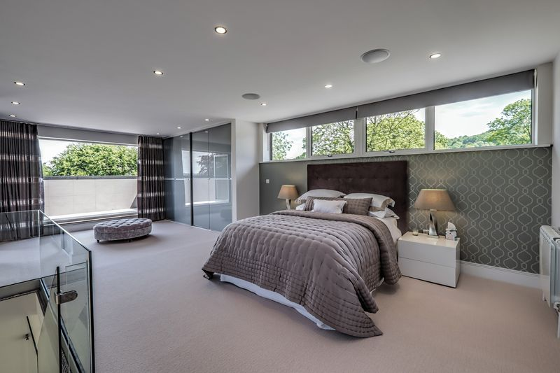 Main Bedroom, balcolny view.jpg