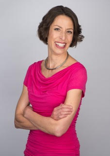 Joanna Pieters - PodcastInstagramTwitterFacebook