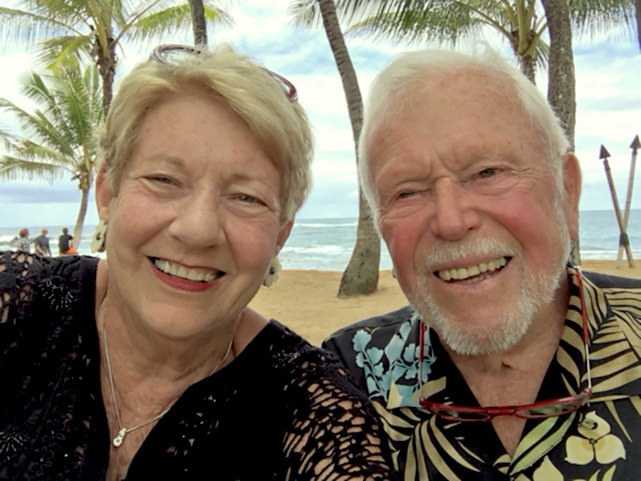 Marye Jayne and Tim on vacation in Hawaii.