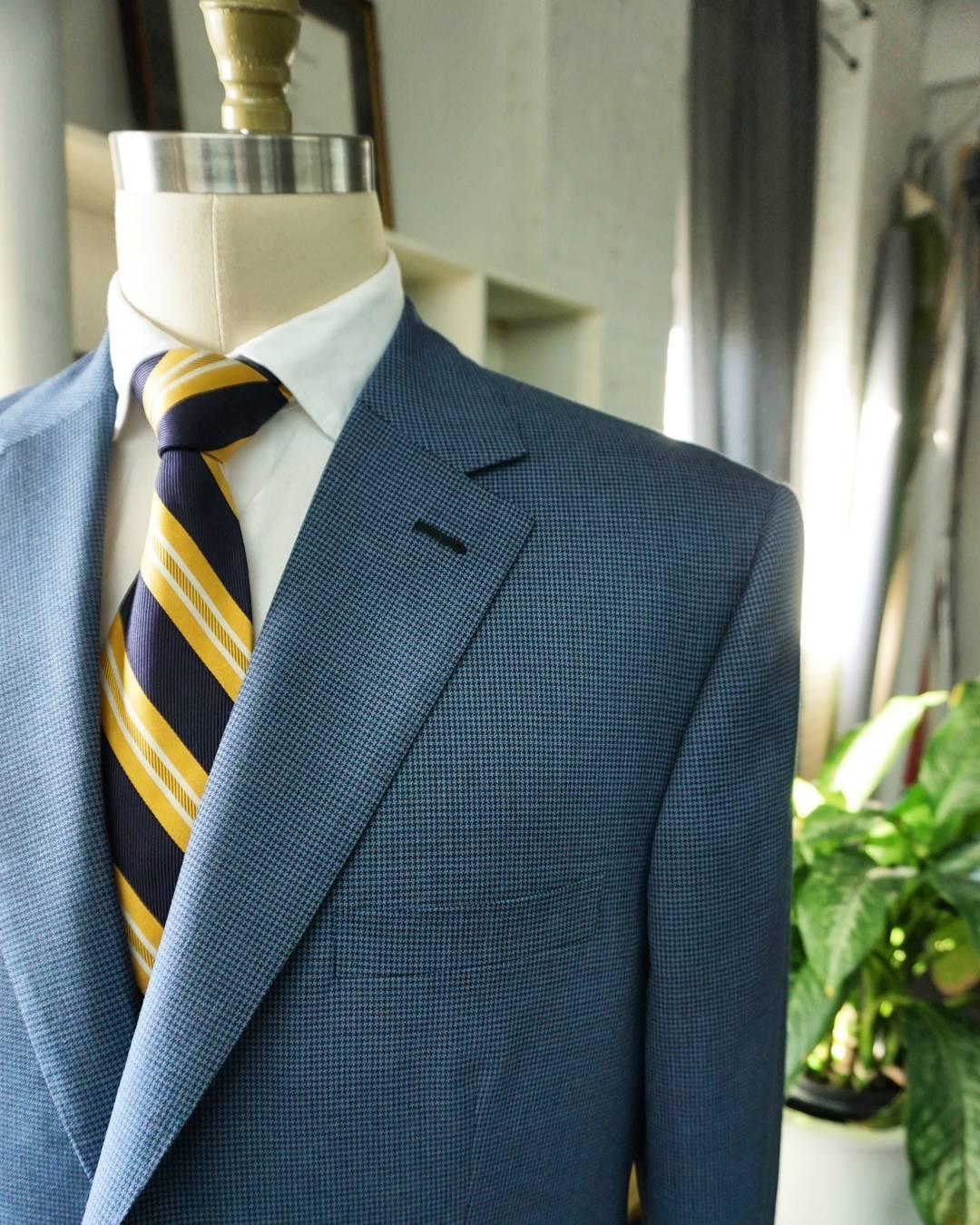 genuardi_tailor__houndstooth_custom_sport_jacket.jpg