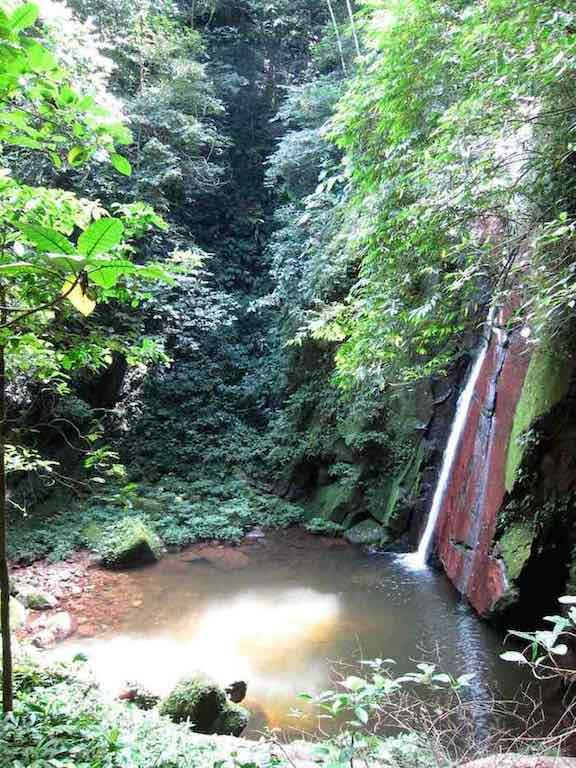 6waterfall_70K.jpg