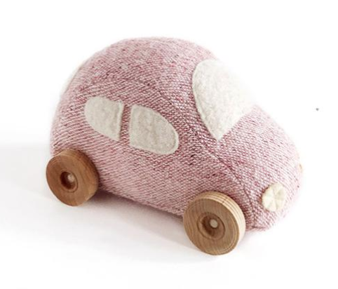 How adorable is this wool car?!