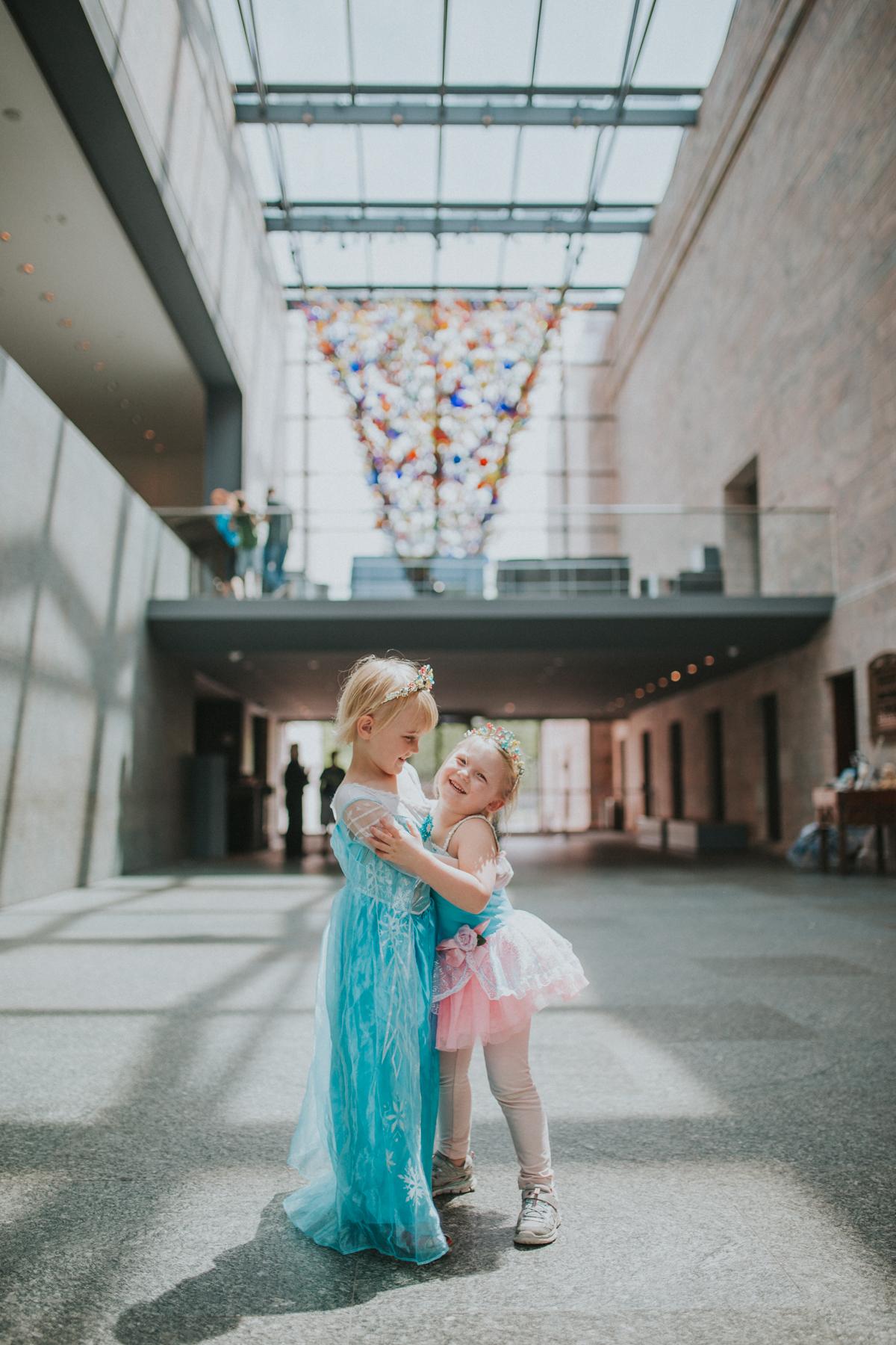 Alice & Anna-7564.jpg