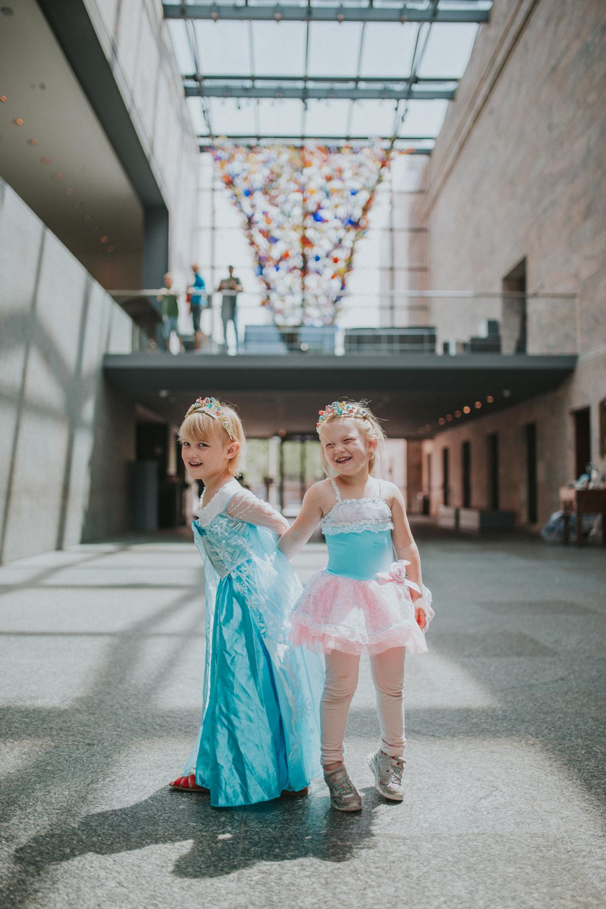 Alice & Anna-7558.jpg
