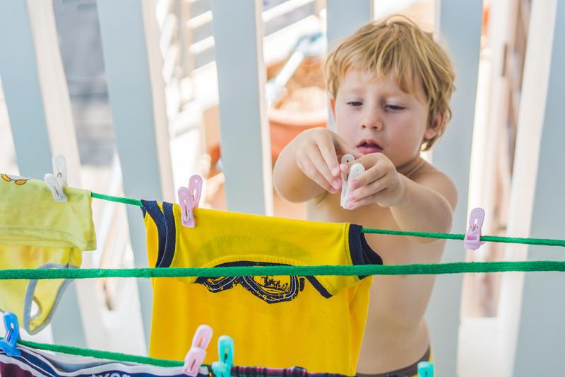hanging out washing.jpg