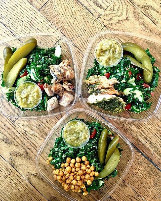 Hi, it's kabbouleh! Kale and quinoa got together and made a middle eastern classic and invited Israeli pickle and herbed roasted eggplant.