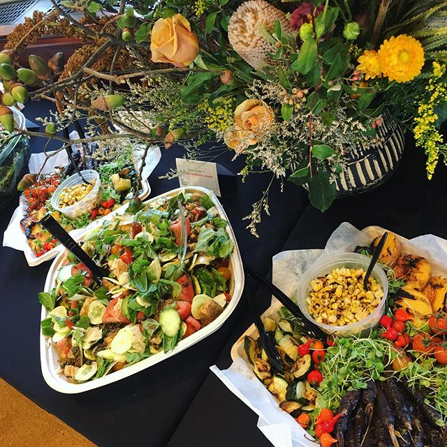 A flower theme and late summer produce made for a delightful lunch of peak summer grilled vegetables, heirloom tomato and melon panzanella and more at @uchicollegium last week. Have a theme in mind for your meal? We are always excited to work it into your dishes. Gorgeous florals by @asraigarden