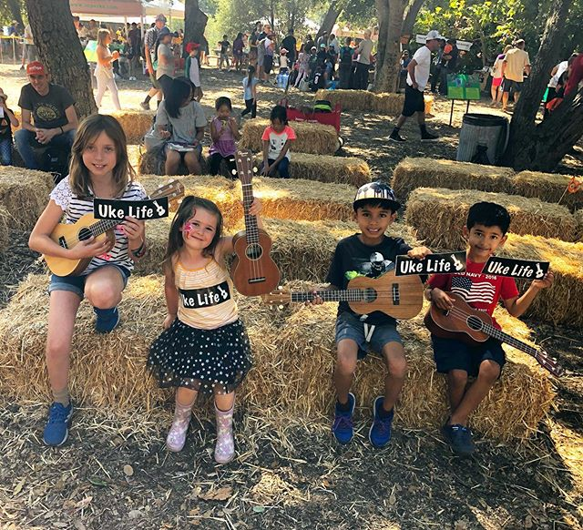 Had a blast at Acorn Day 2019! Shout out to Ranger Diane for letting us come play and teach ukulele 🤙. Here's of few photos of the different groups that now know how to play C, Am, and F 👏. #ukelife #ukulele #ukelifeco #acornday #oneillregionalpark #ocparks @ocparks @di.ane2588