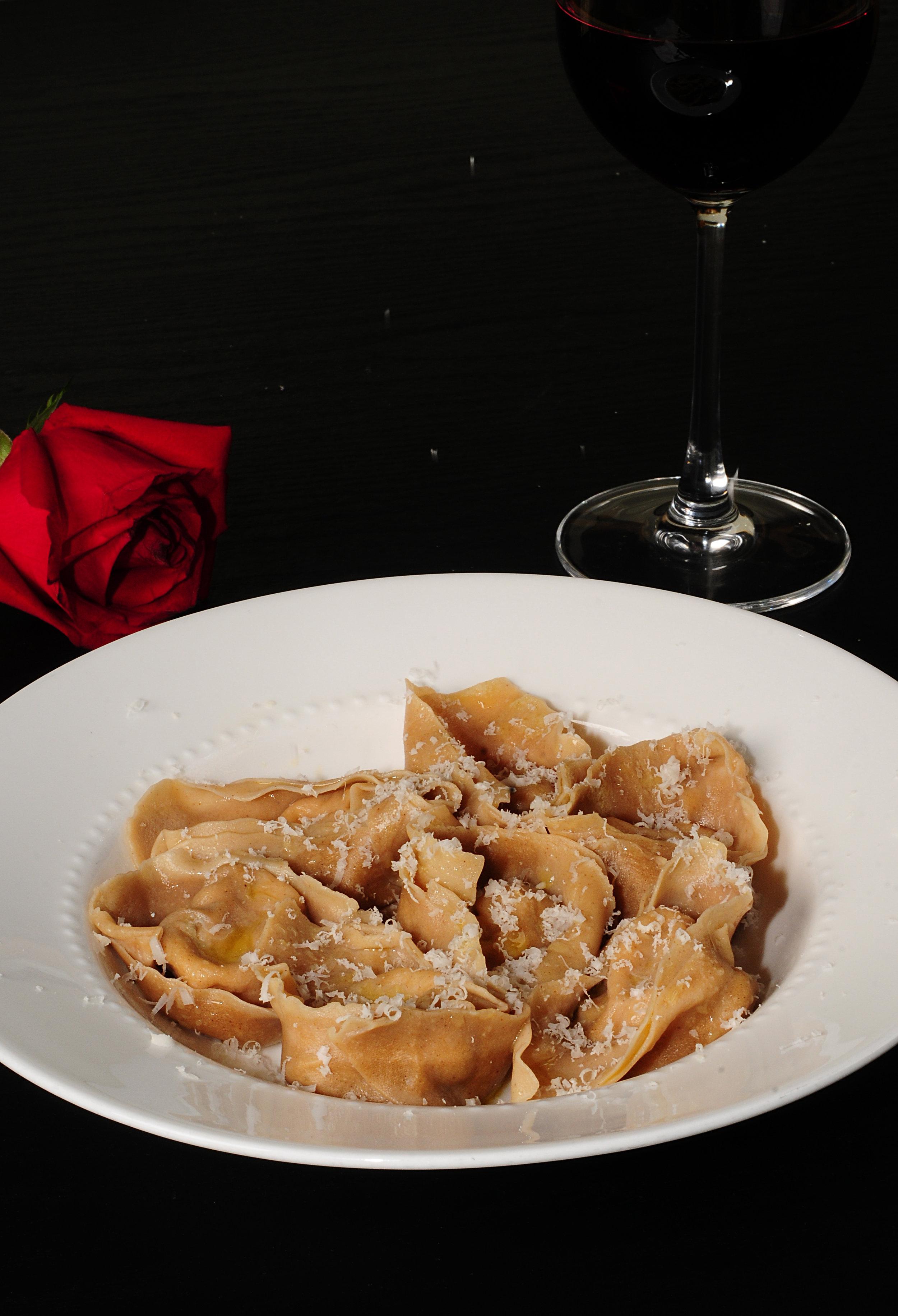 Walnut Tortelloni with roasted phaesant_2.JPG