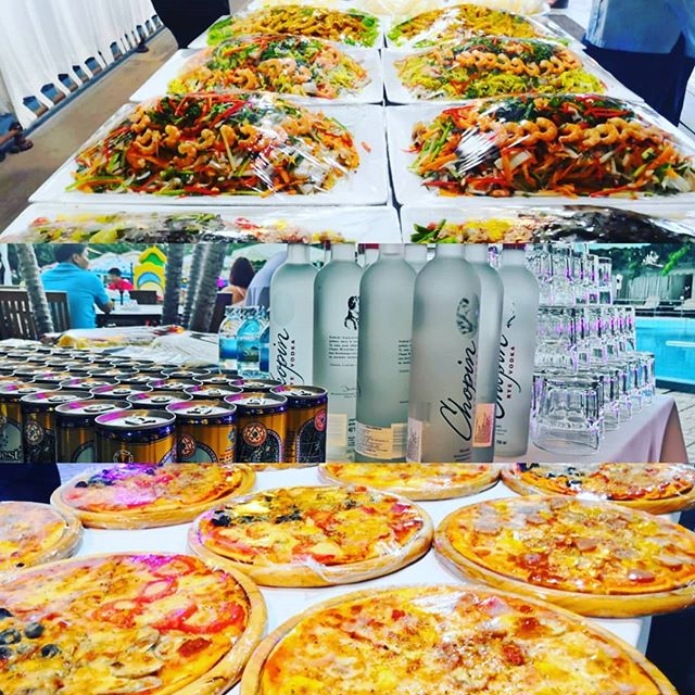 We can make private party for your company at the best place of nhatrang @storybeachclub or @storybigpool please contact us. #nhatrang #vietnam #restaurant