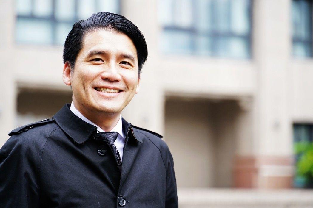 方元沂 文化大學法律系教授