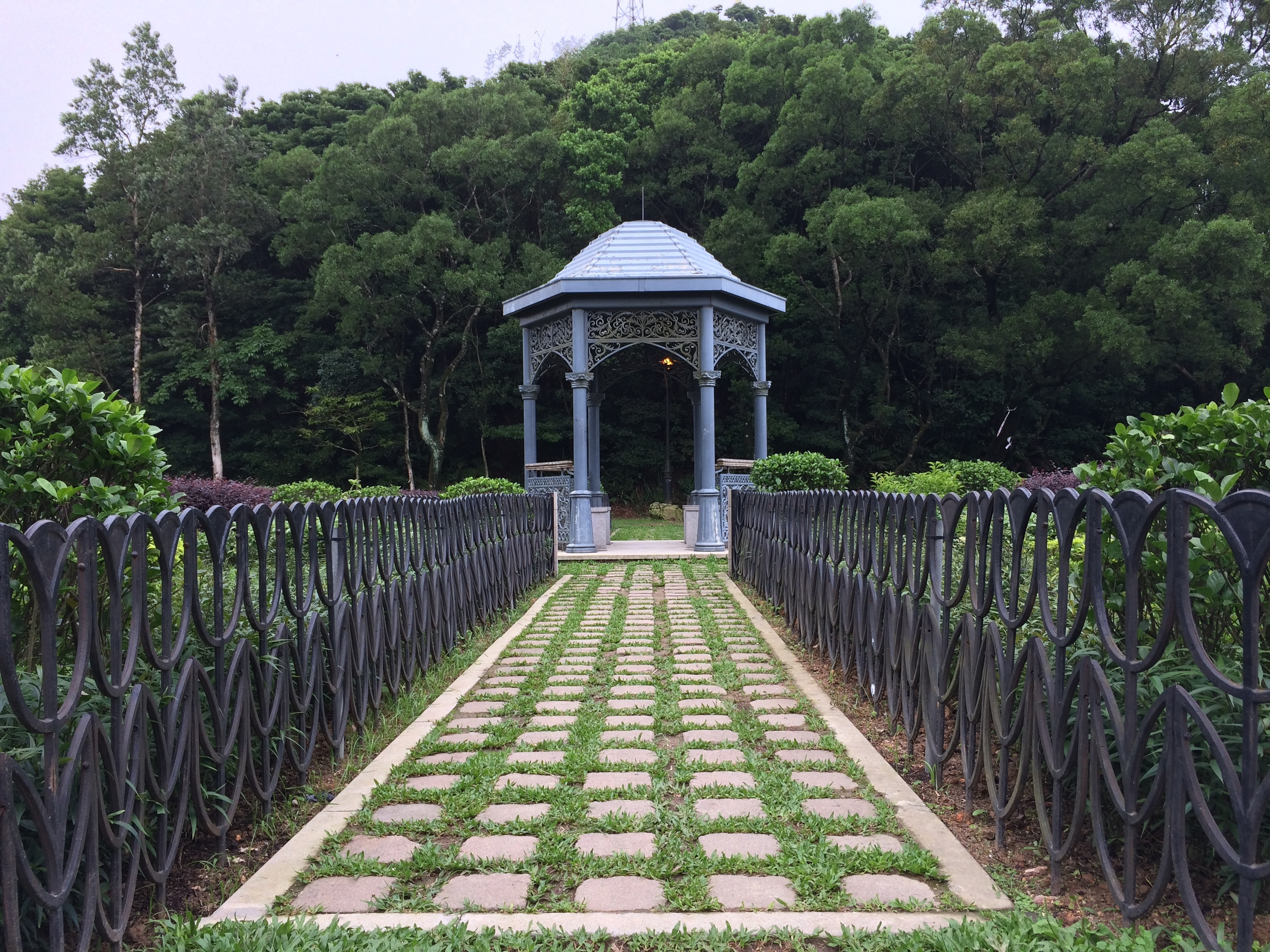 Gazebo in Victoria Peak Garden  © Traverate