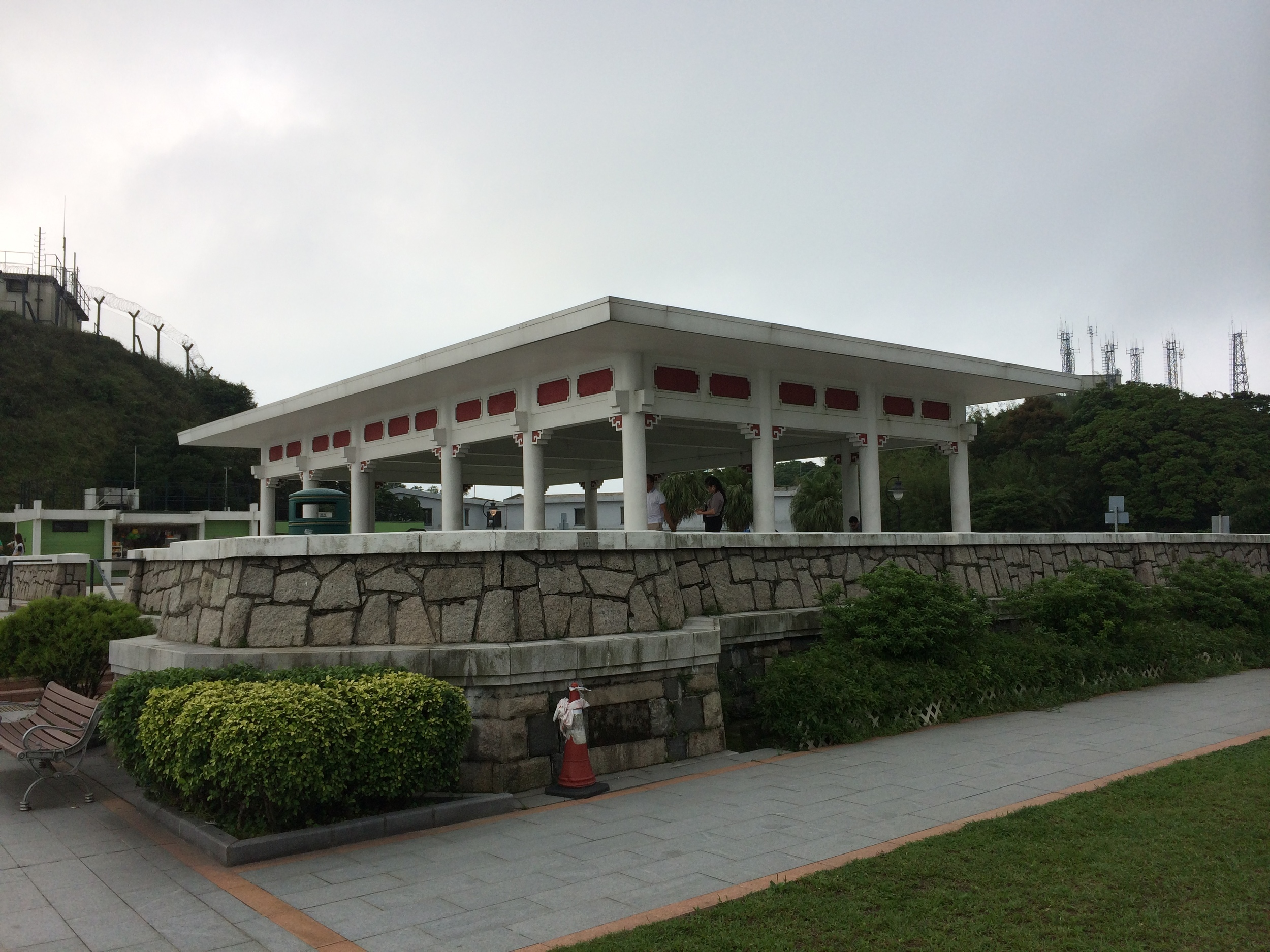 Pavillion in Victoria Peak Garden © Traverate