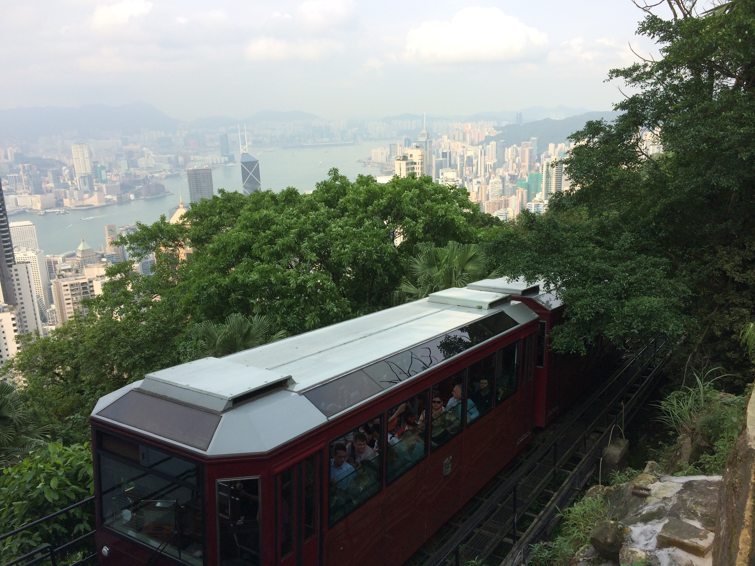 The Peak Tram takes 7min to reach the top