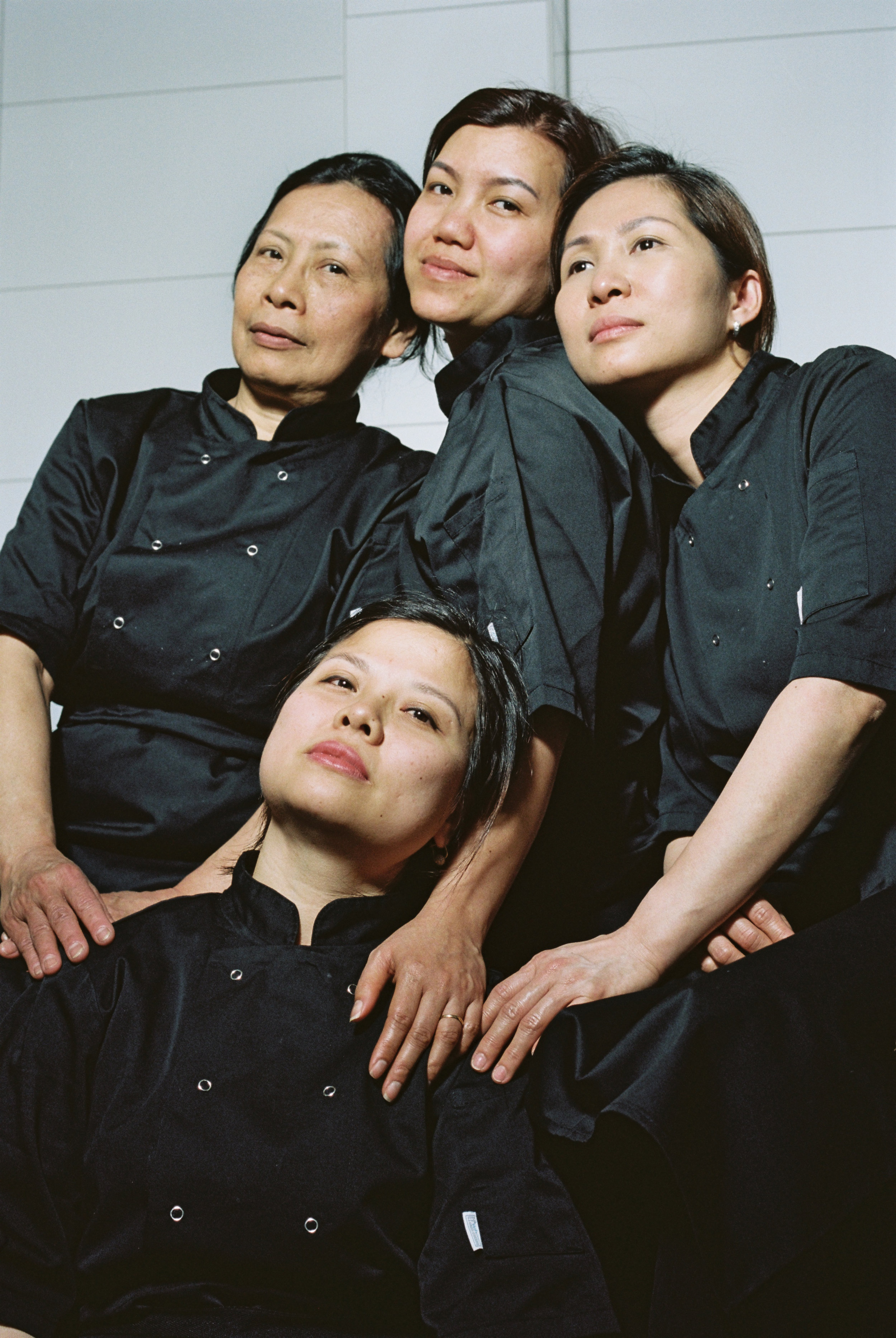 Tuyet, Xuan, To Trang & Bich - Team Centre