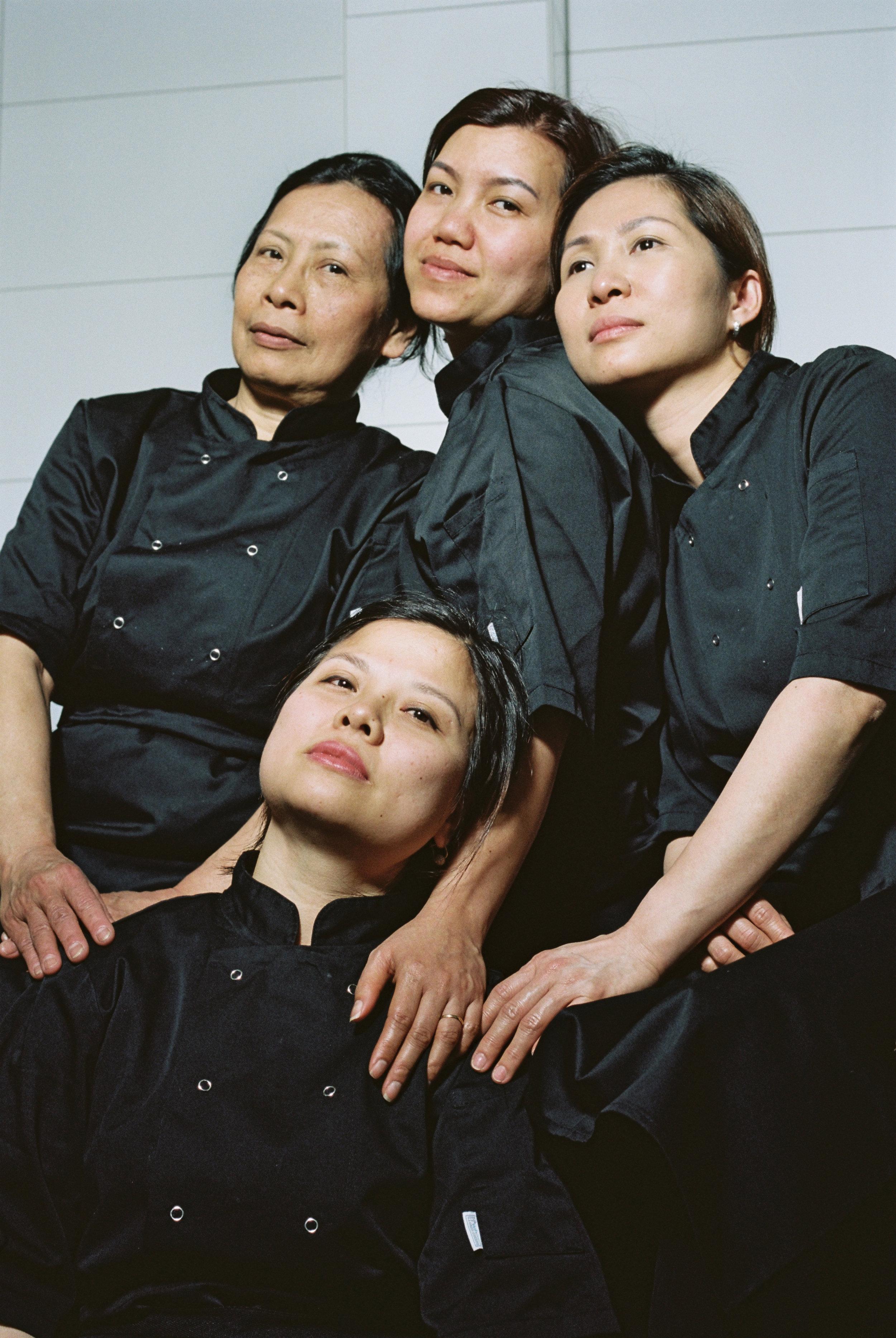 Tuyet, Xuan, To Trang & Bich - Team Centre