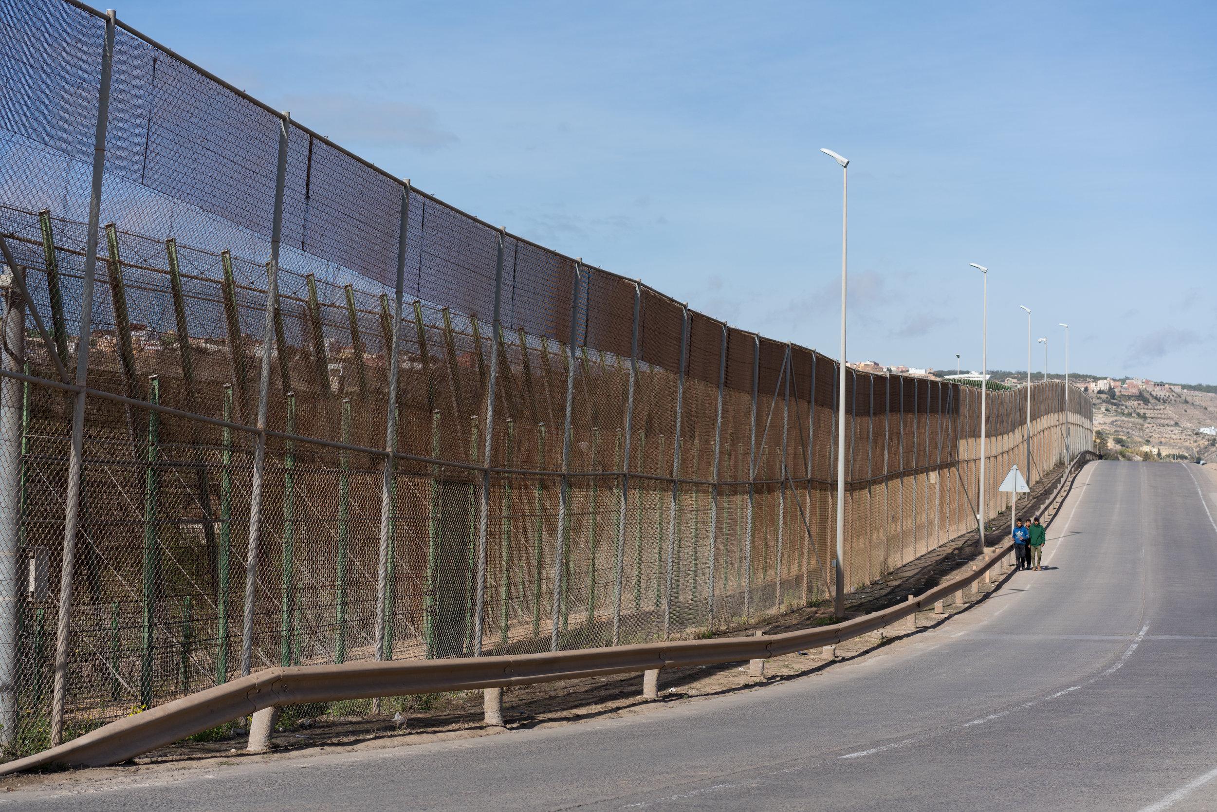Mennesker på flukt møter stengte grenser i Europa, og hindres tilgang til å søke asyl.  FOTO: UNHCR/Markel Redondo