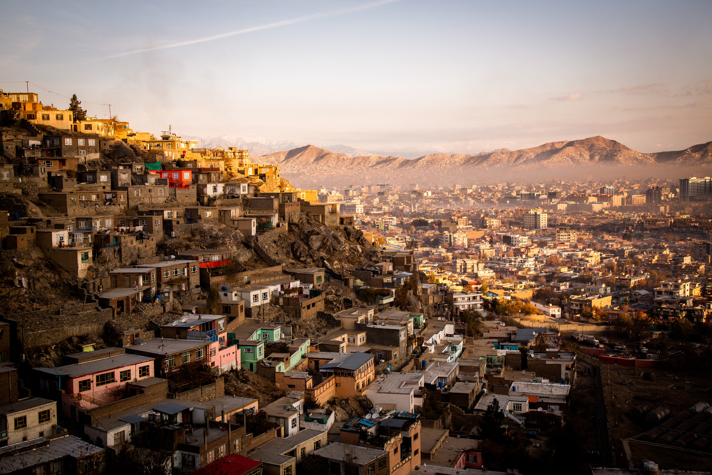 Norge gjennomfører en stor andel av tvangsreturene fra Europa til Afghanistan, og er ett av kun tre europeiske land som tvangsreturnerer afghanske barnefamilier.  Foto: UNHCR/Jim Hyulebroek