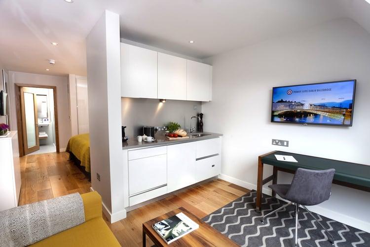 kitchen+executive+studio+suite.jpg
