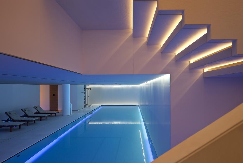 CONSERVATORIUM_HOTEL_AKASHA_pool.jpg