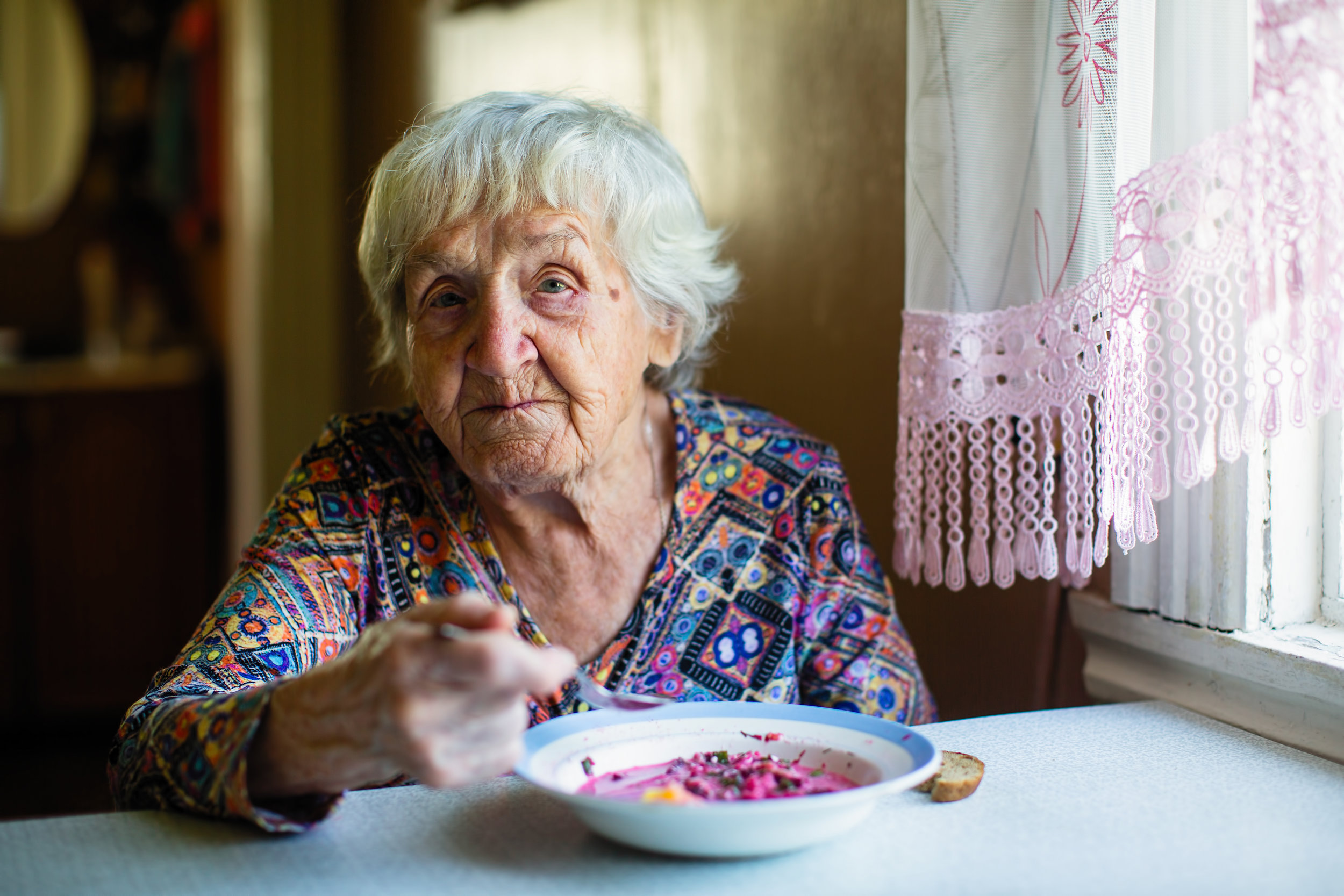 lonely-seniors-nutrition.jpg