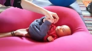pilates-bebe-exercise-fontenay-sous-bois.jpg