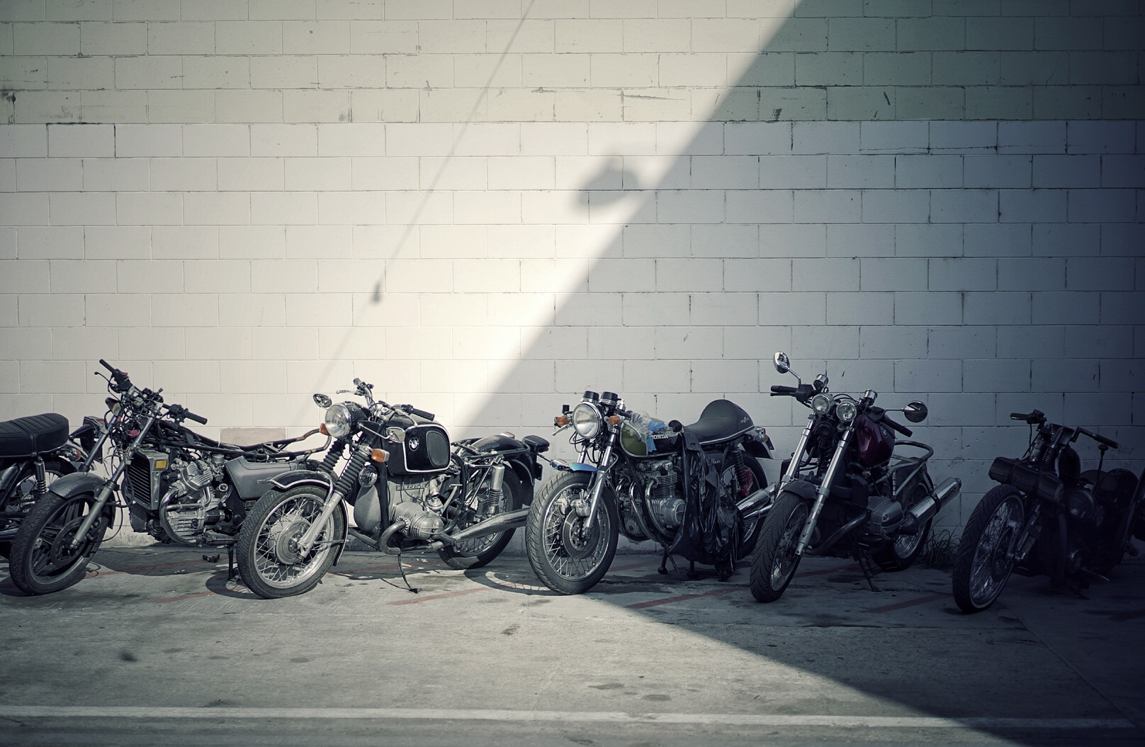 BMW MOTORRAD - LUCKY WHEELS GARAGE - LOS ANGELES