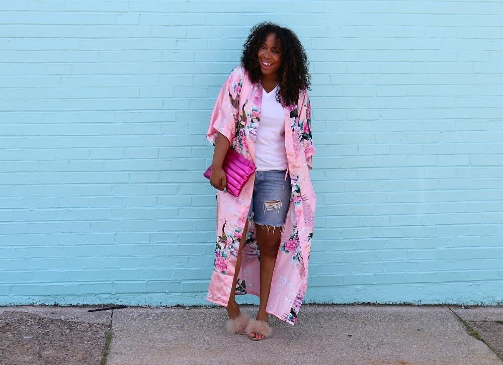 Casual Chic: Distressed Denim, Pink Kimono and Fur Slides