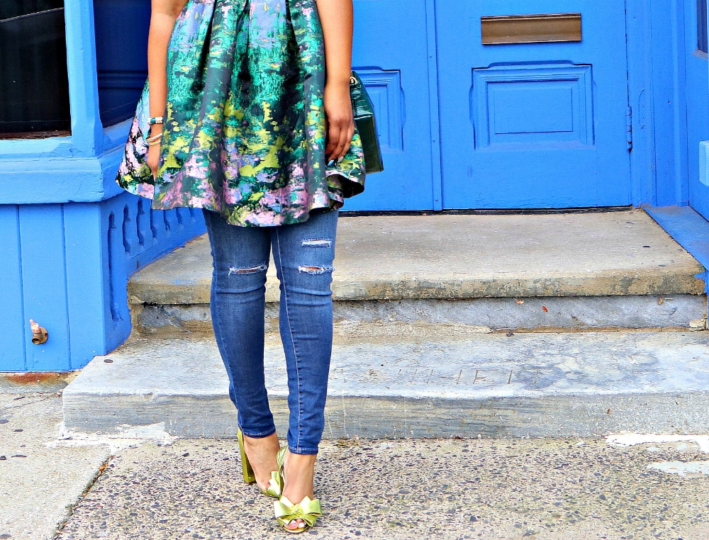 Bow Heels and ripped denim