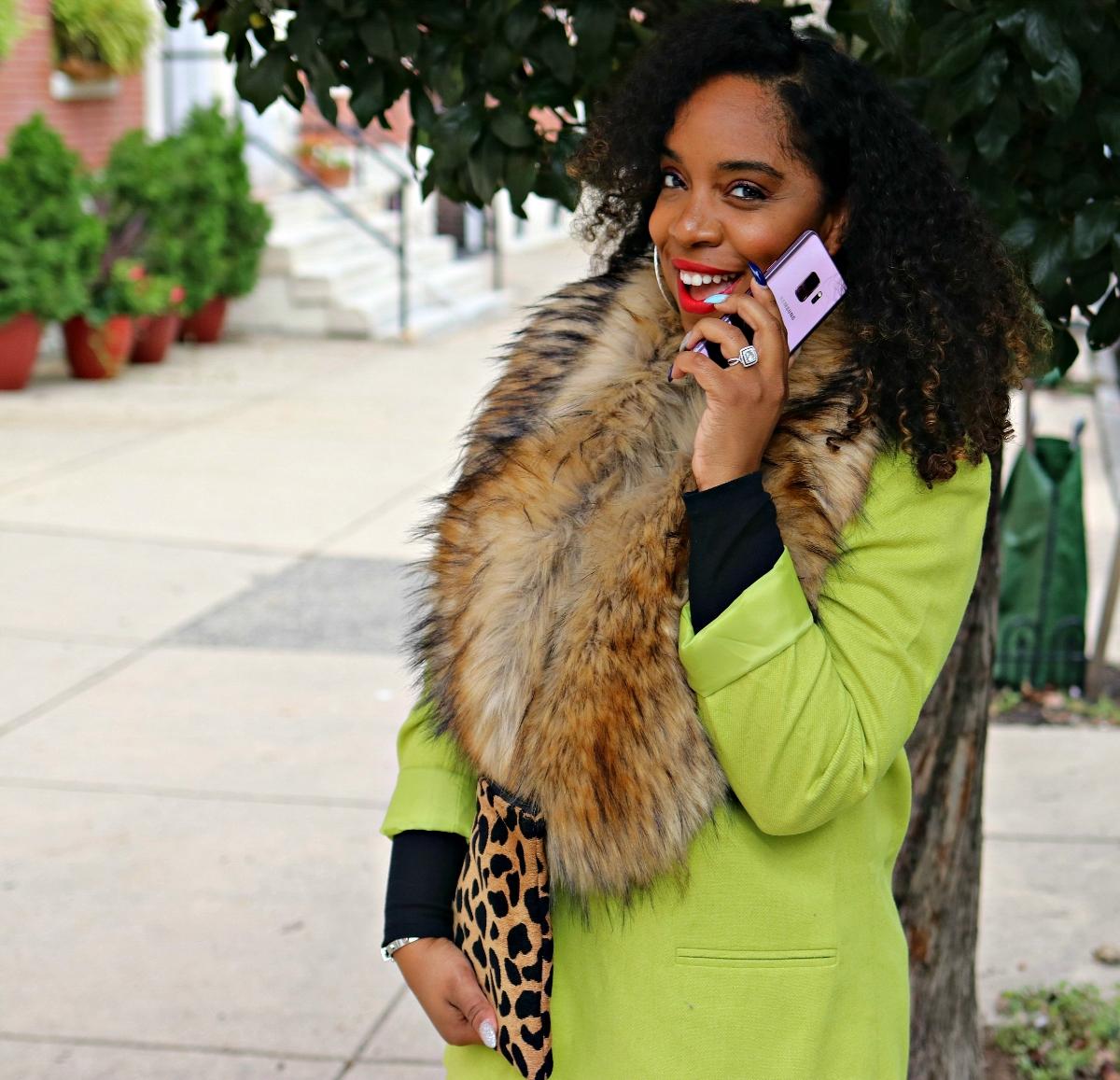 Cricket Wireless, SAmsung Galaxy S9, Green Blazer, Faux Fur Scarf