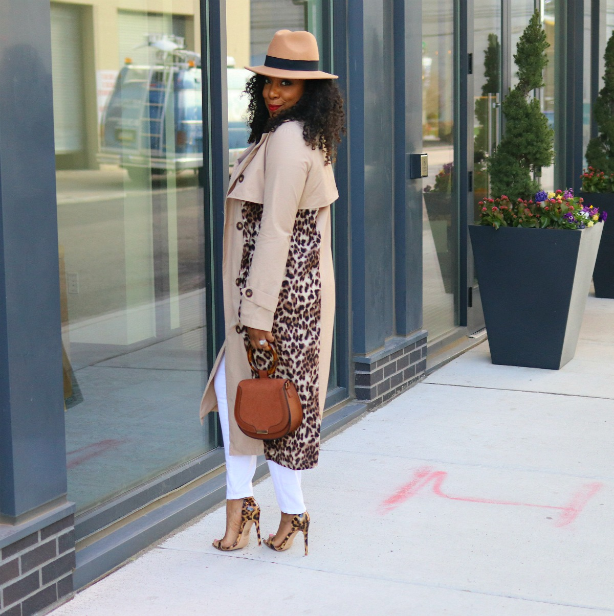 Leopard trench coat, all white, spring fashion, Leopard heels, fedora, classic