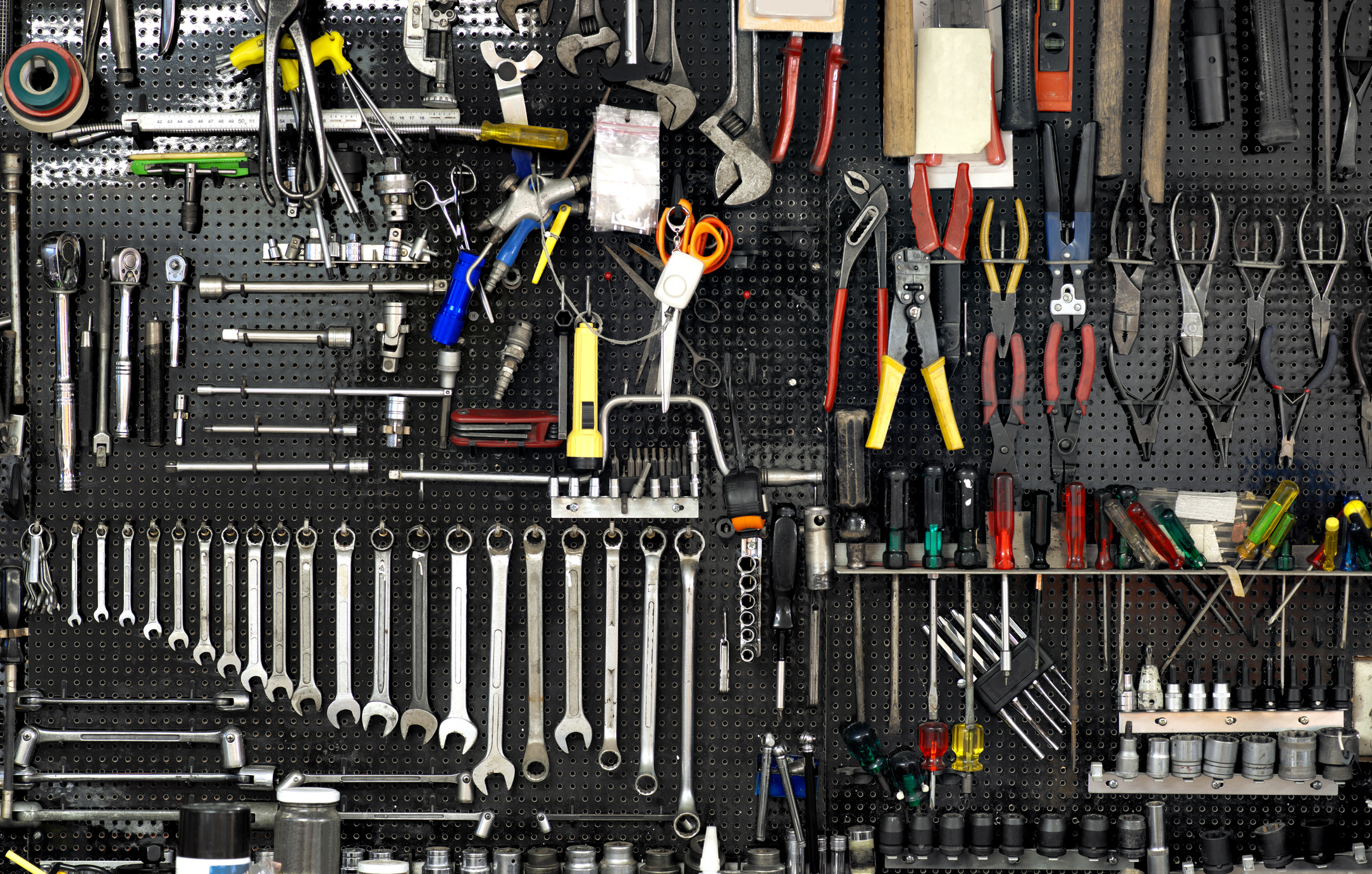 Do It Yourself Pegboard