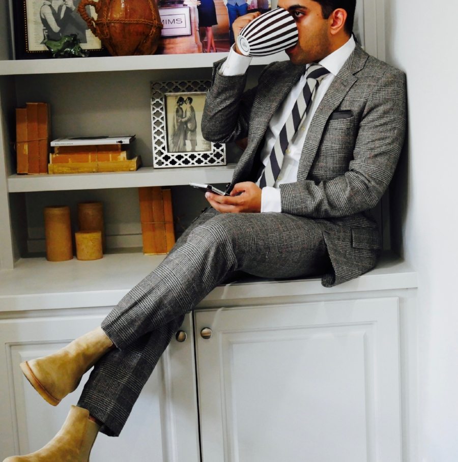 Use that gentlementality by switching out those dress shoes with some sweet chelsea boots!