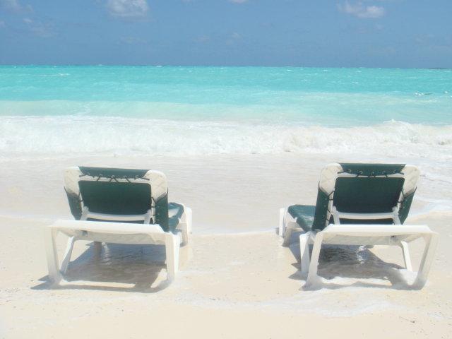 sandals-emerald-bay-beach-very-romantic.jpg