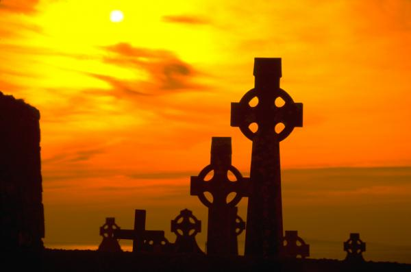 celtic-crosses-in-graveyard.jpg