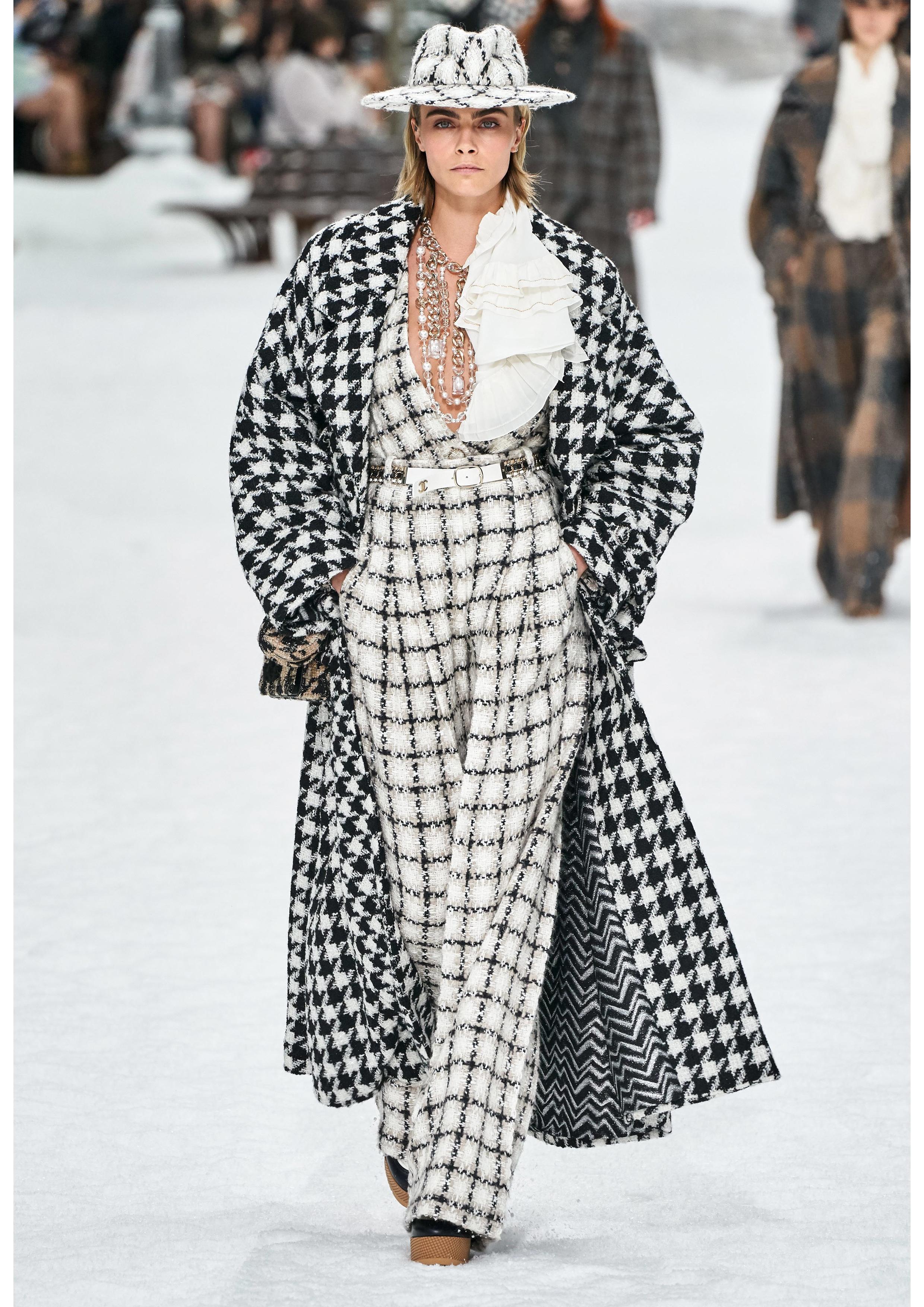 Credits: Vogue Runway