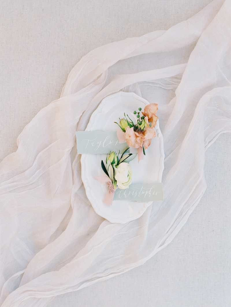 pirouettepaper.com | Wedding Stationery and Invitations | Wedding Day Paper | Pirouette Paper Company | Mallory Dawn Photography .jpg